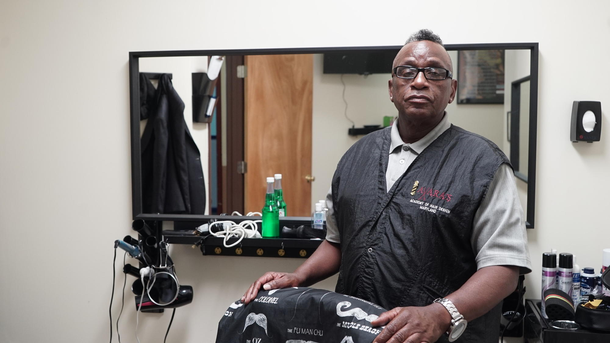 Baltimores Homeless Veterans Get Their Own Free Barber Shop