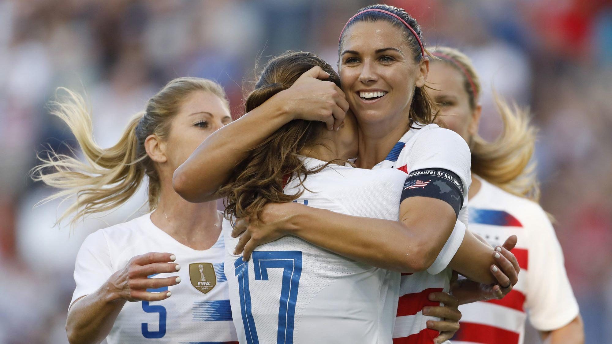 78727187335 Alex Morgan s 3-goal game leads U.S. women s national team past Japan 4-2  in Tournament of Nations