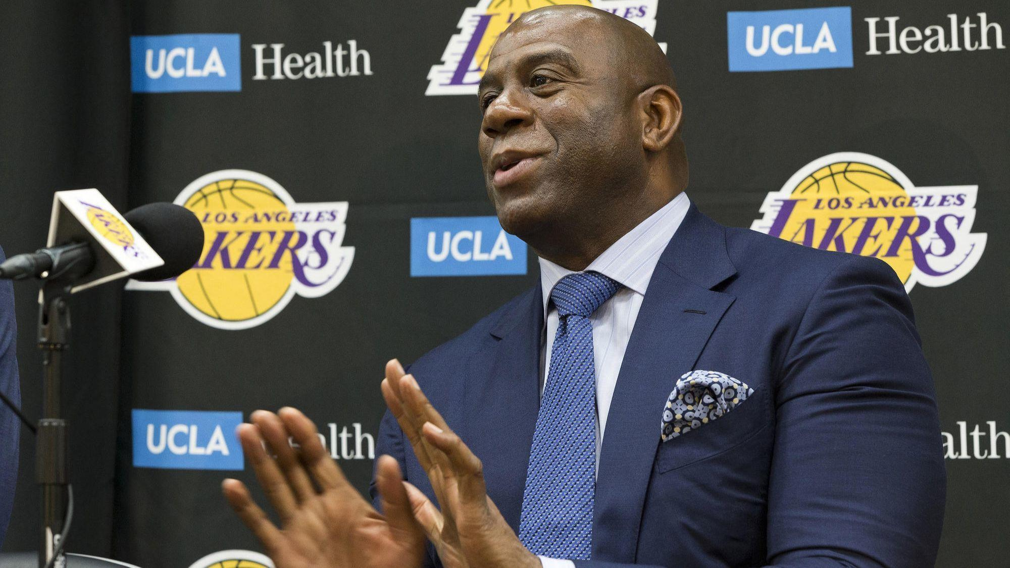 Letters: This Lakers season will be unpredictable, at best