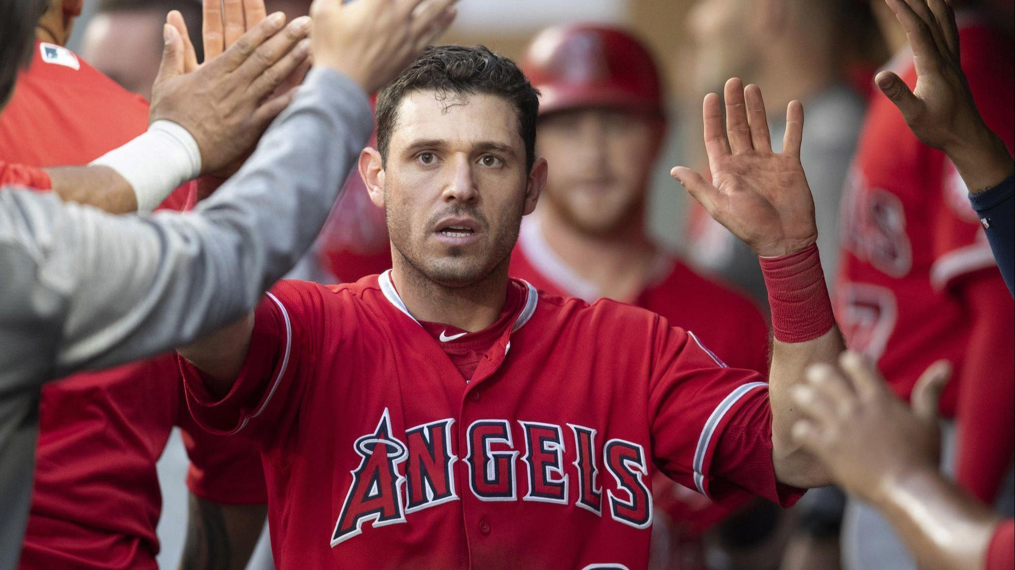Angels trade Ian Kinsler to Red Sox