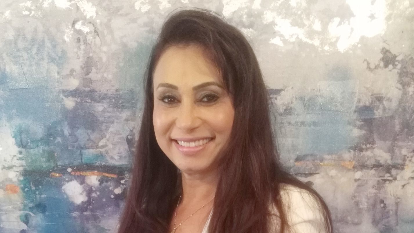 LeiLani Vidal is a doctor of chiropractic who is expanding her The Lipo Lounge business from Poway to Ramona.