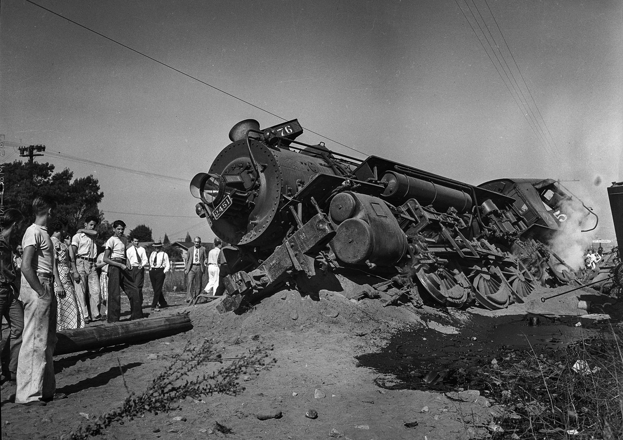 Derailed Southern Pacific locomotive