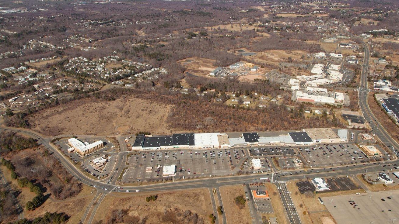 Manchester Retail Plaza Owner Sells Two Restaurants - Courant Community