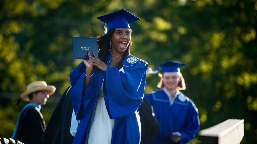 Principal Of Thompson Brook School In Avon Named New Principal Of Avon High School | Hartford Courant