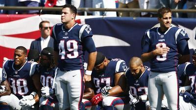 Trump pide no pagar a los jugadores de NFL que protestan en el himno