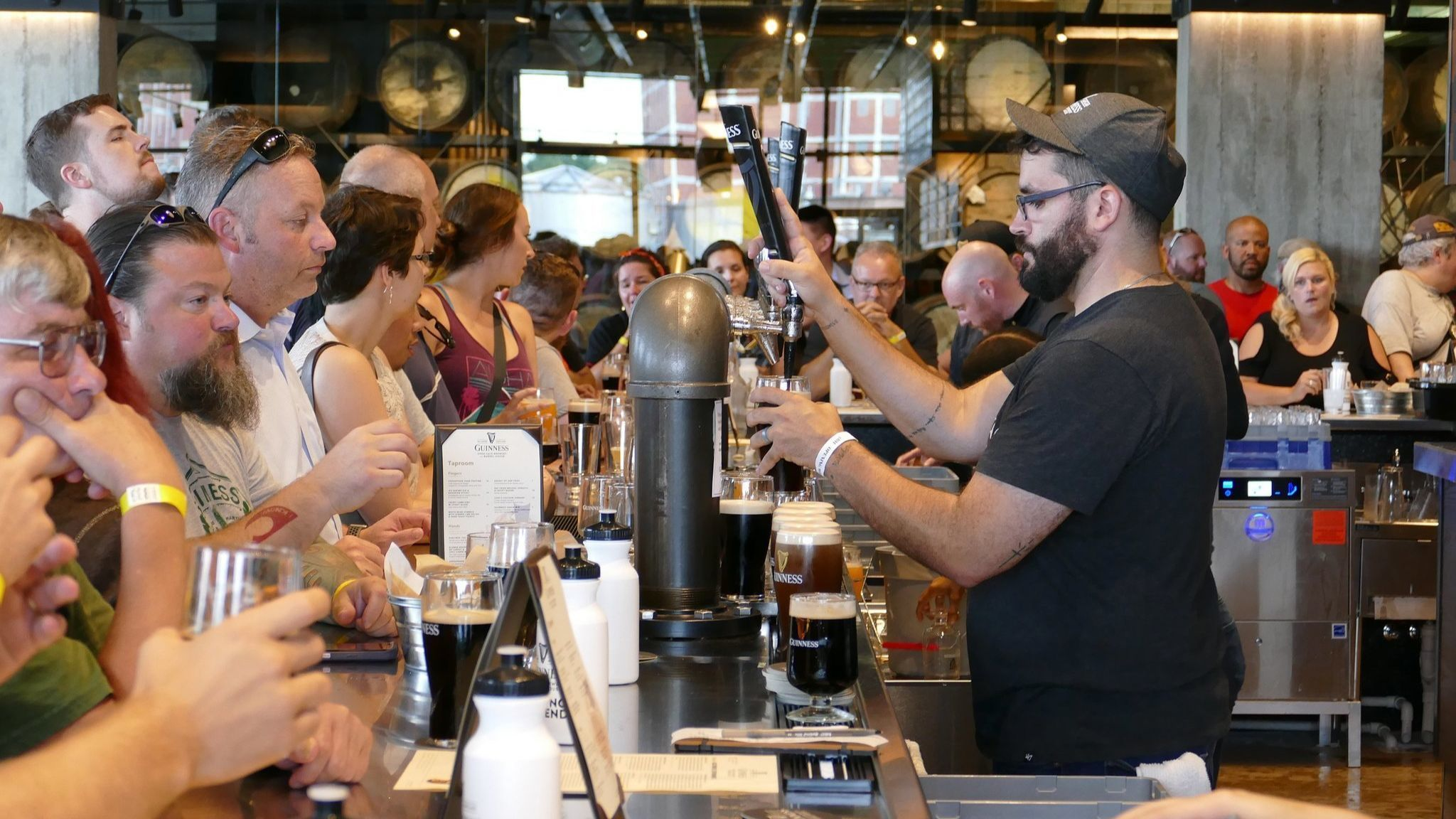 Guinness brewery in Baltimore County attracts nearly 10,000 visitors first weekend | Baltimore Sun