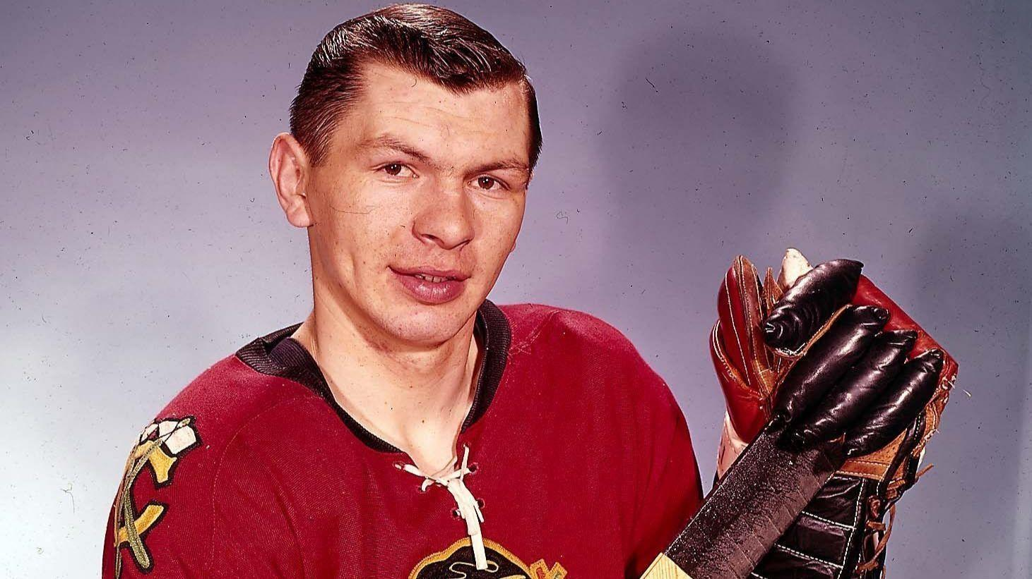 A good skate named Stan Mikita  A story from the 1976 Tribune archives -  Chicago Tribune 0adcc1ca1