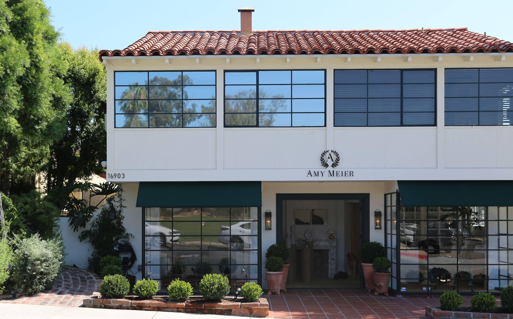 The new retail shop in Rancho San