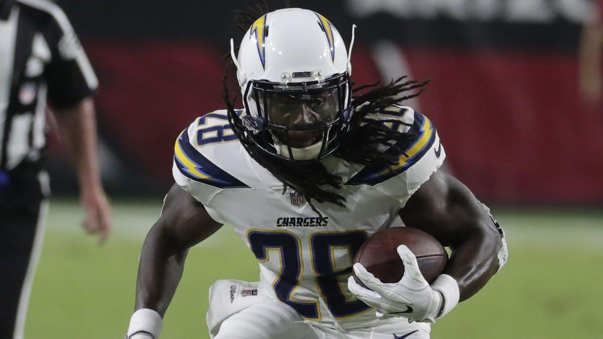 La-sp-chargers-report-gordon-20180814