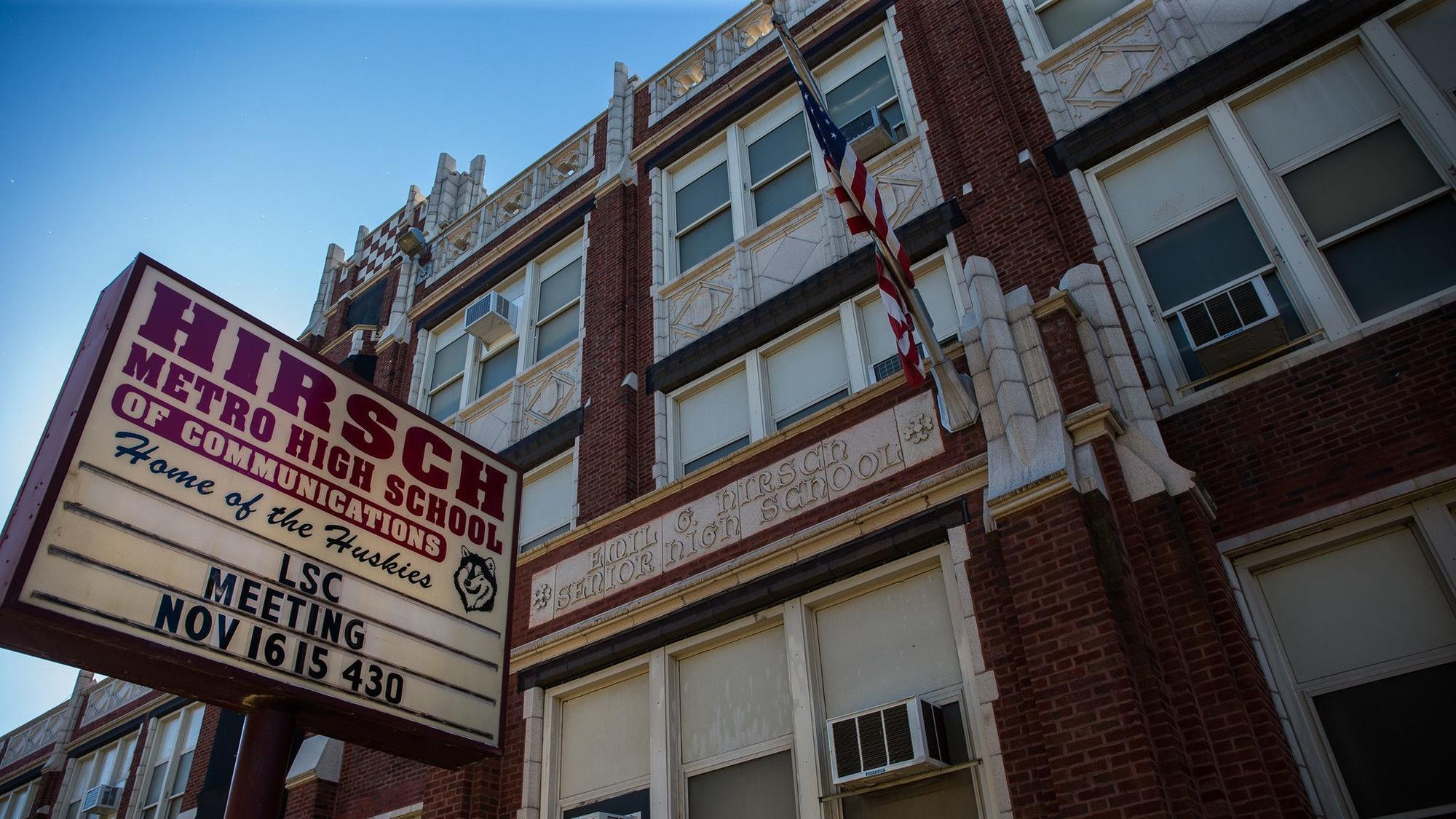Researchers estimate 20000 freshman seats remain unfilled in Chicago Public Schools