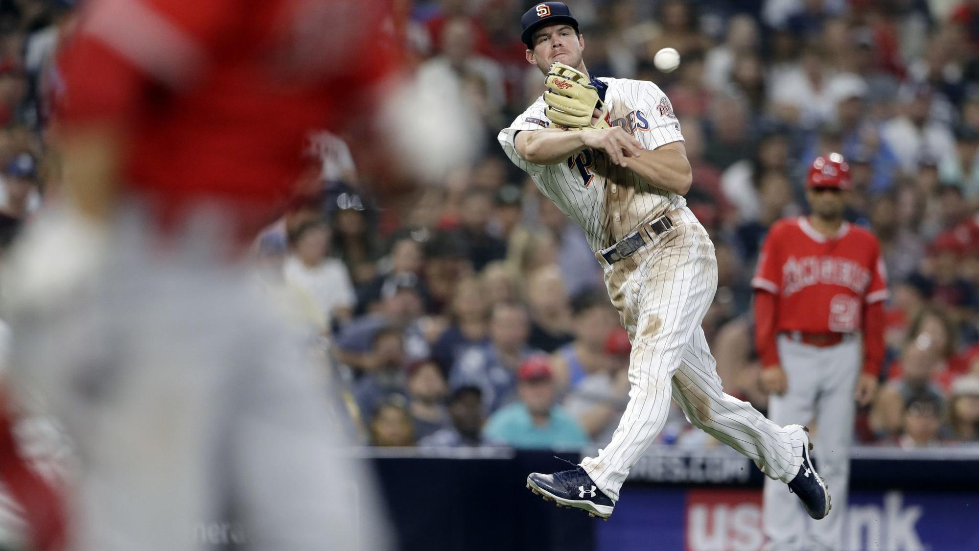 Sd-sp-padres-wil-myers-third-base-learning-0818