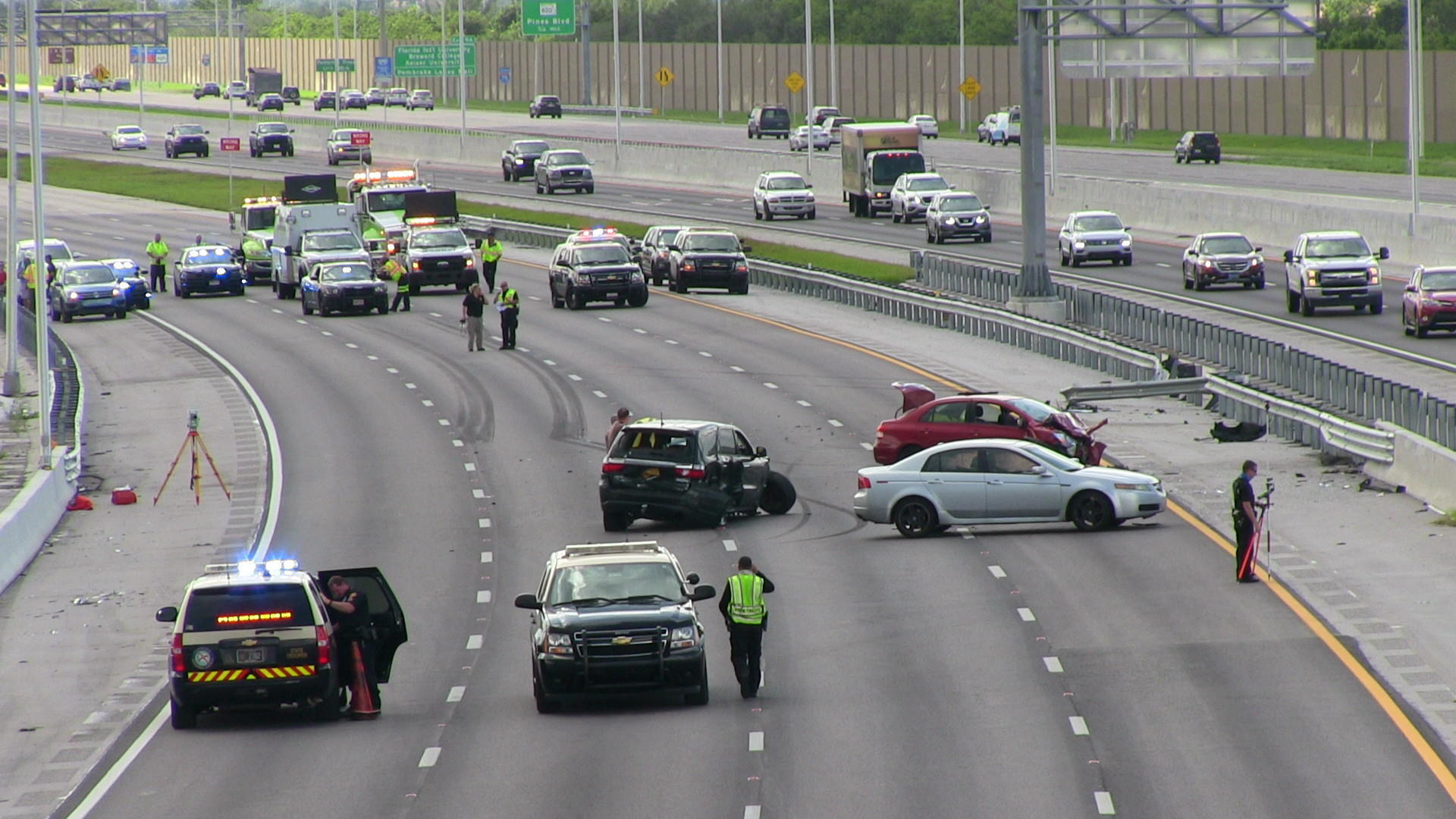cops identify  women killed   vehicle wreck     davie sun sentinel