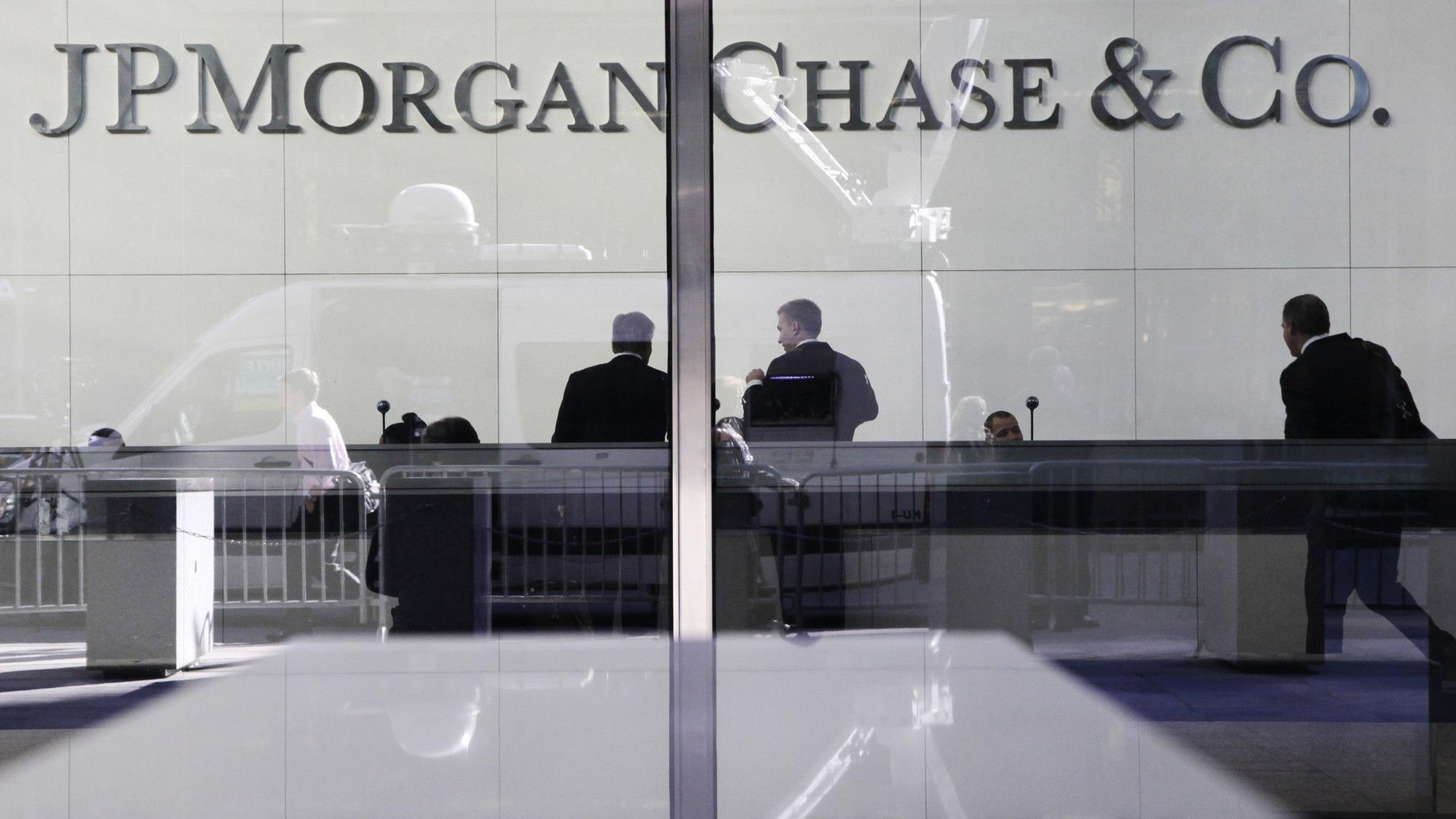 Chase To Offer Free Online Trades For Some Retail Investors