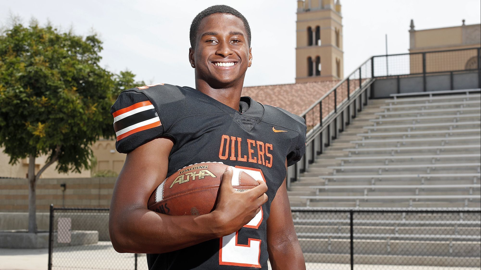High School Football Player of the Week: Arick McLawyer now shines at running back for Huntington Beach