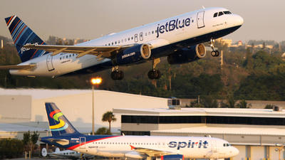 Have a long layover at Fort Lauderdale airport? Here are things to do nearby