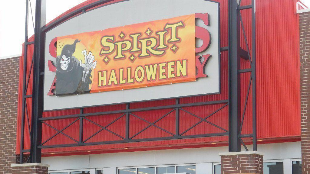 comings goings halloween stores already open more coming daily southtown