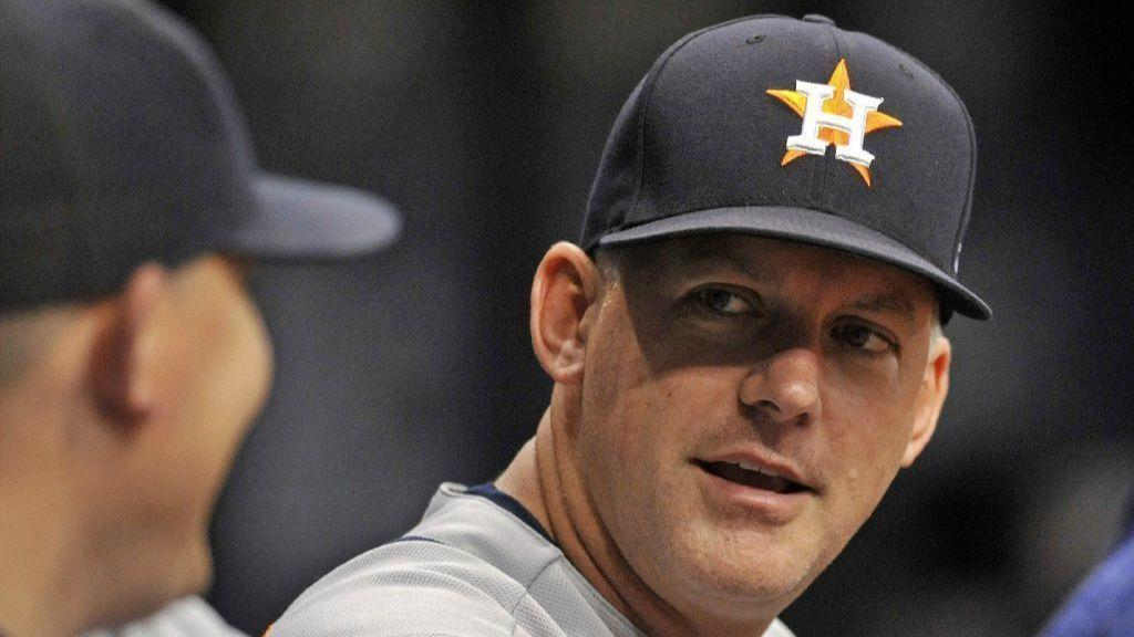 MLB: Astros extend A.J. Hinch's contract through '22