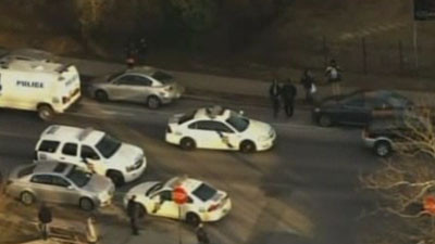 2 students wounded in Philadelphia high school shooting