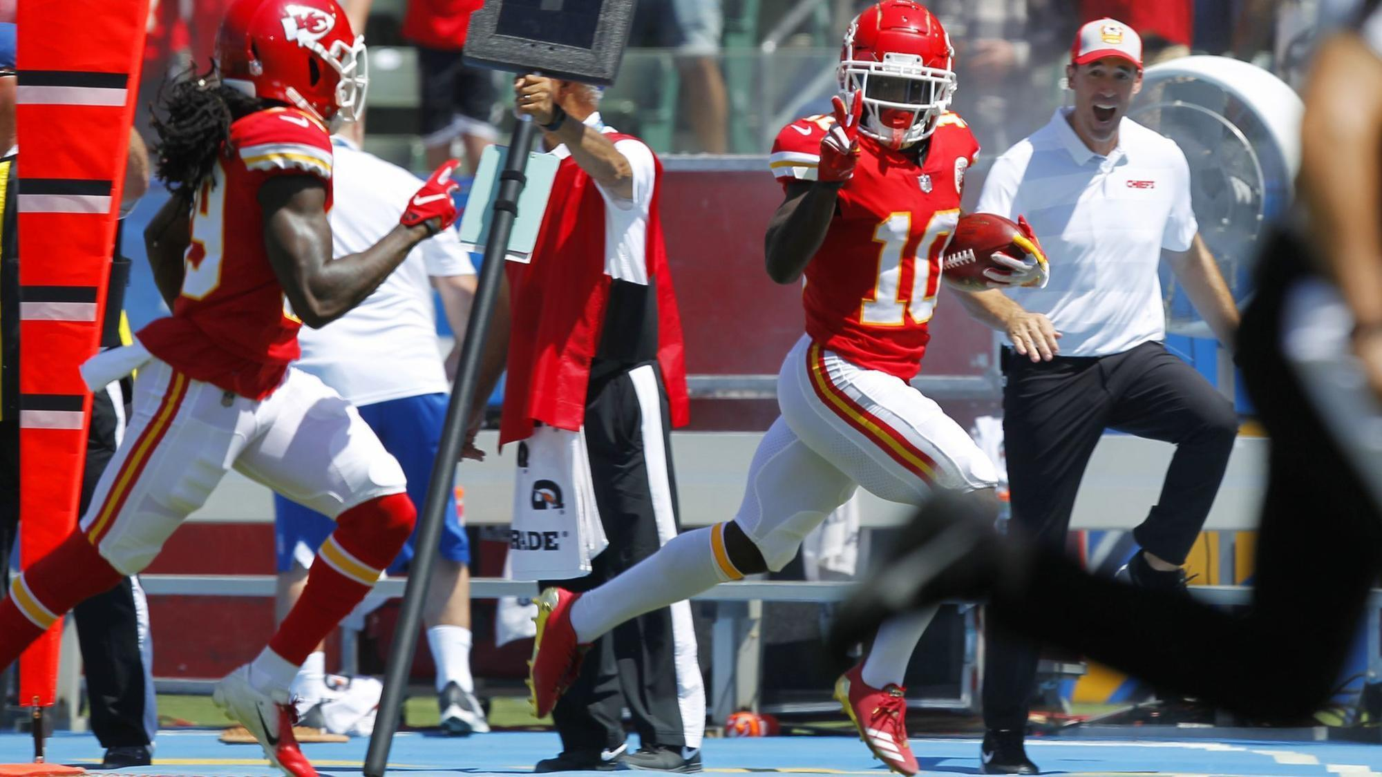 Sd-sp-chargers-chiefs-nfl-season-opener-tyreek-hill-20180909
