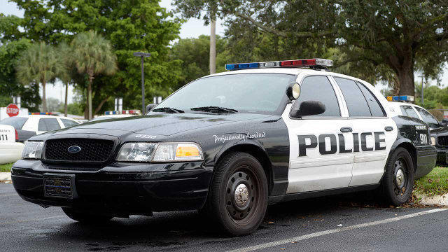 Oviedo police arrest suspected drunk driver who hit 18 cars with Porsche: report