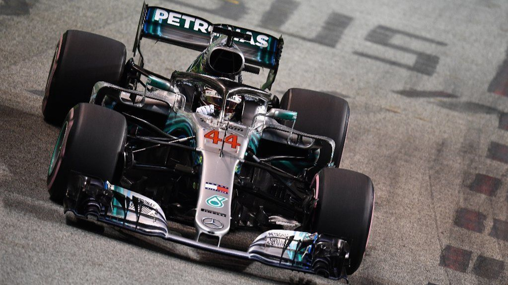 Lewis Hamilton extends Formula One points lead with win in Singapore