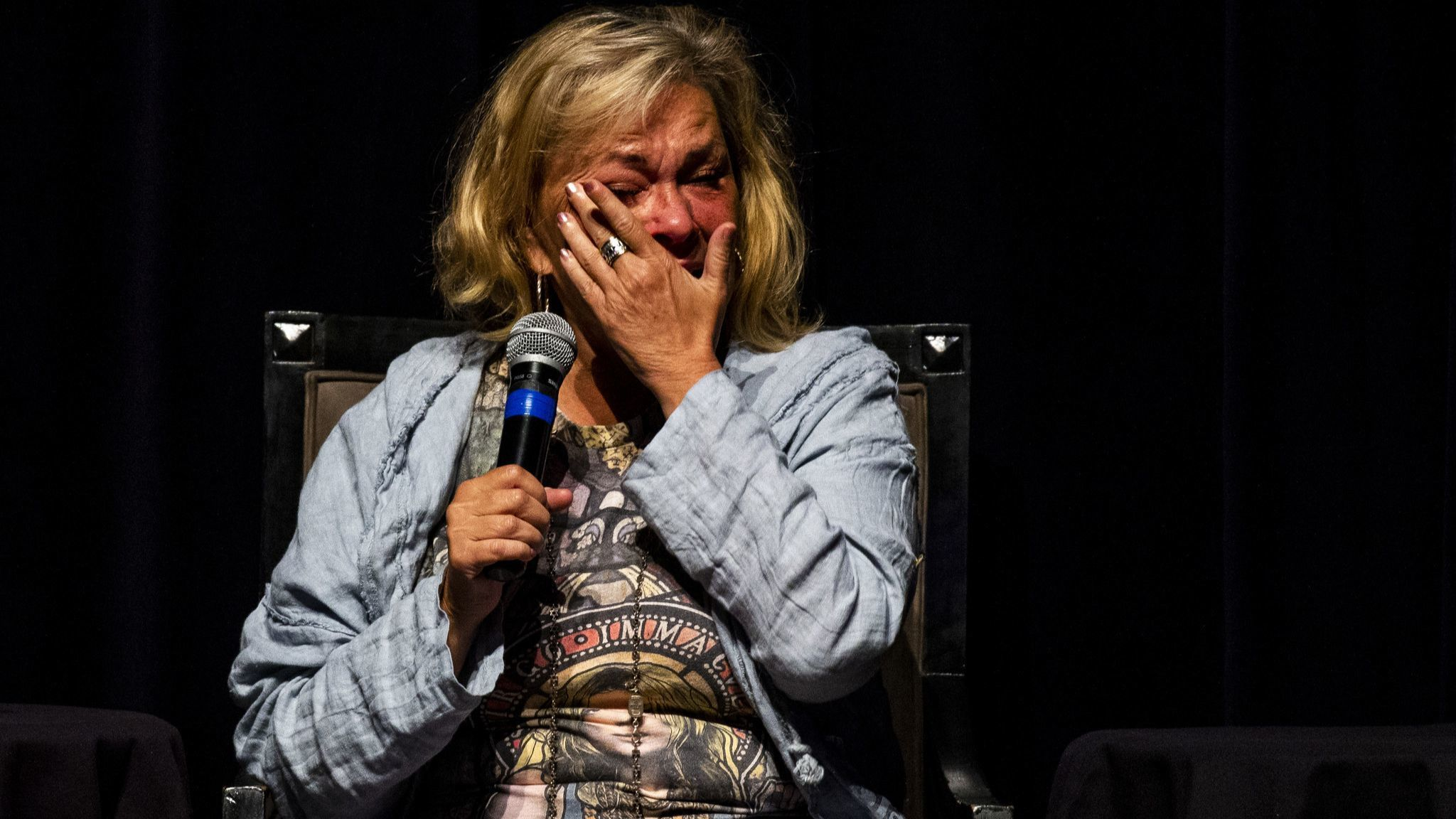 Roseanne Barr talks about apologies, forgiveness and her upcoming comedy tour during live Yom Kippur eve event
