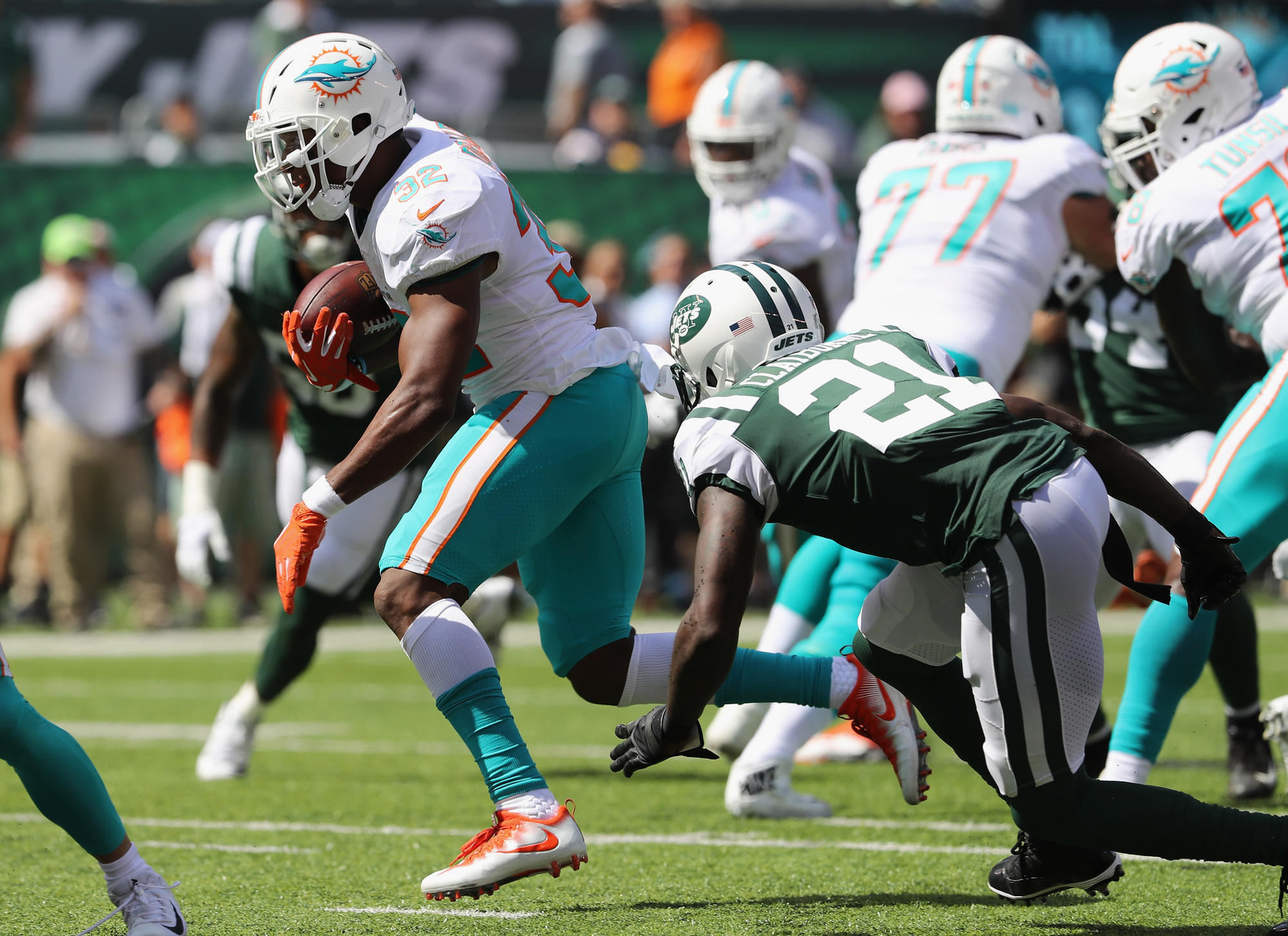 Fl-sp-hyde5-snaps-dolphins-jets-20180917