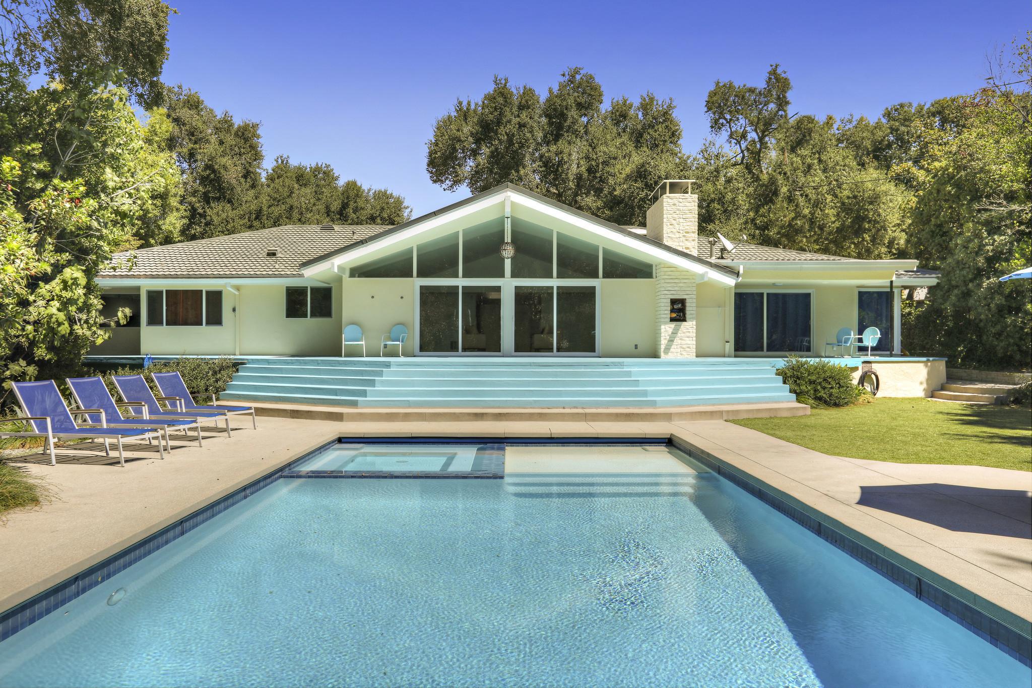 Adam Carollas La Ca Ada Flintridge Home - Hot Property