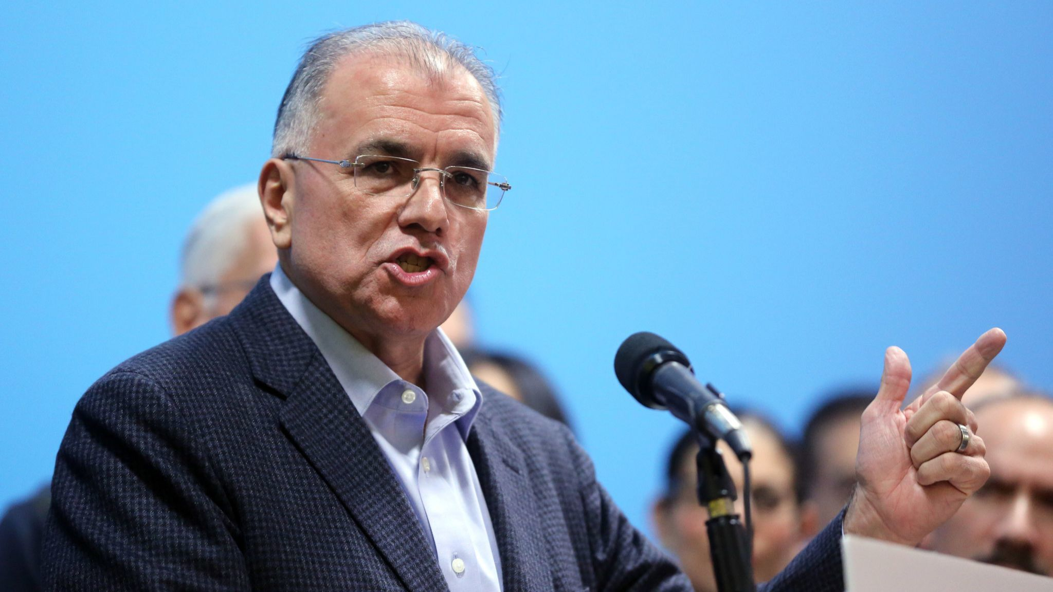 2011 mayoral candidate Gery Chico to get into crowded Chicago mayor's race to succeed Rahm Emanuel | Chicago Tribune