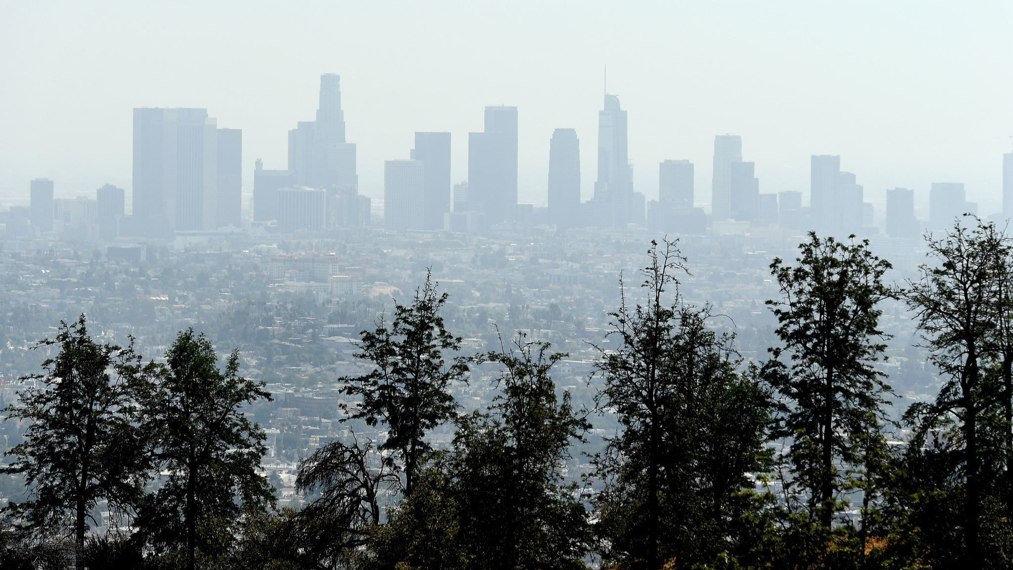 87 days of smog: Southern California just saw its longest streak of bad air in decades | Los Angeles Times