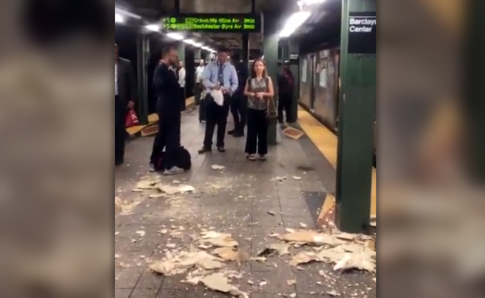 Plaster falls from ceiling at Brooklyn subway station   New York Daily News
