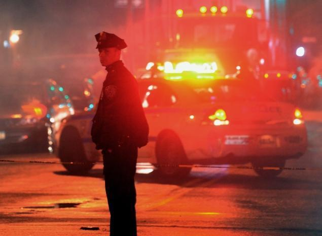 Teen shot dead at Brooklyn basketball court   New York Daily News