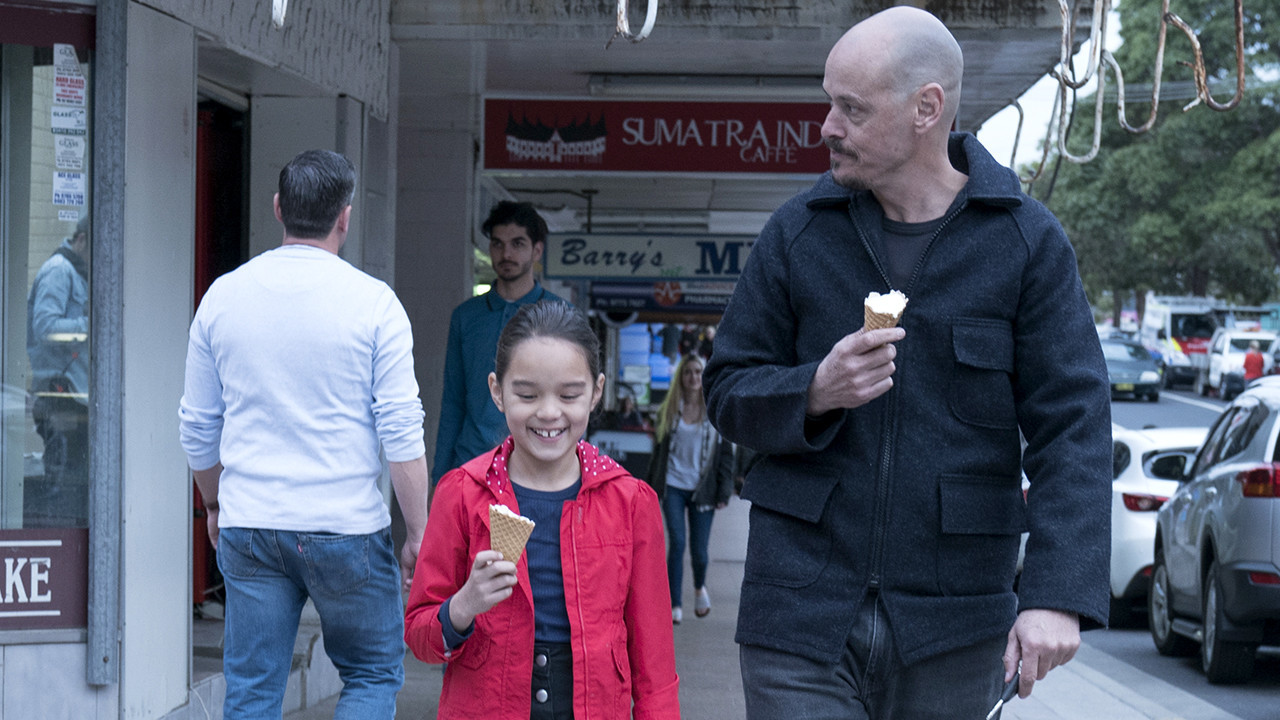 Tuesday's TV highlights: 'Mr Inbetween' on FX