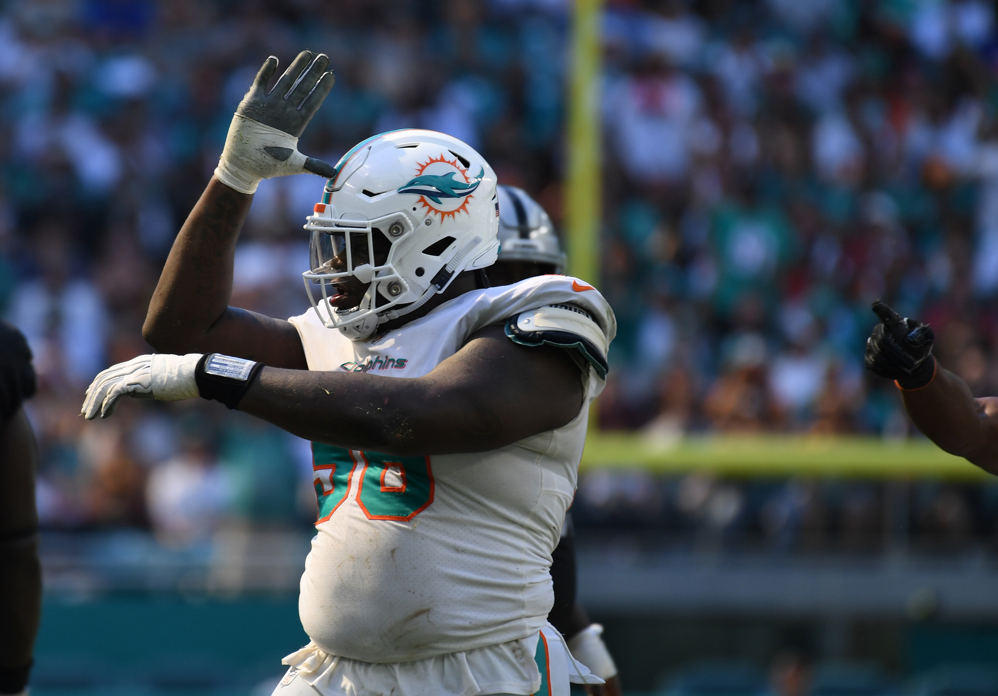 Sfl-dolphins-grades-and-stock-up-stock-down-vs-raiders-20180924