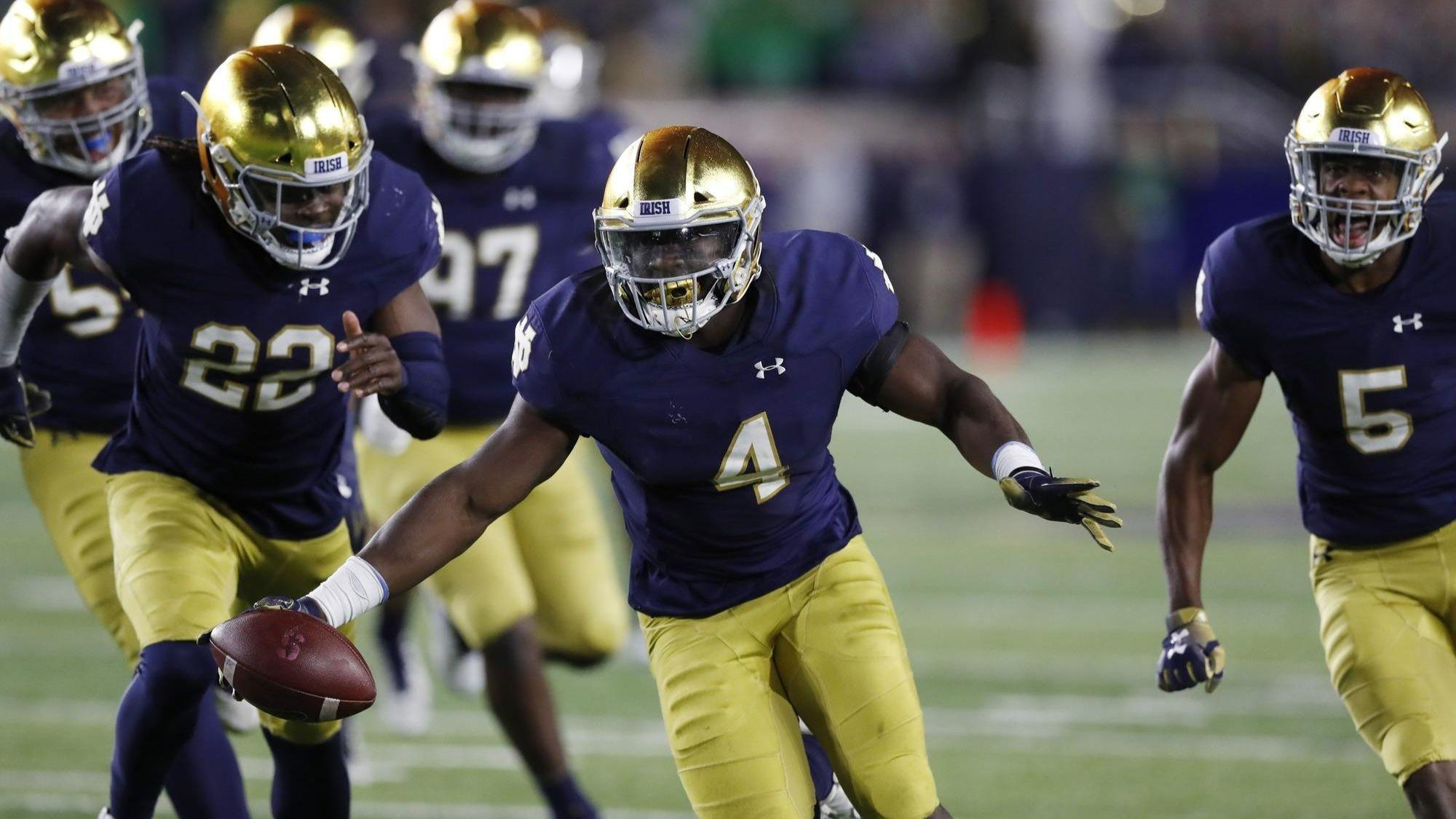 Ohio State Notre Dame Move Up In Ap College Football Poll Chicago