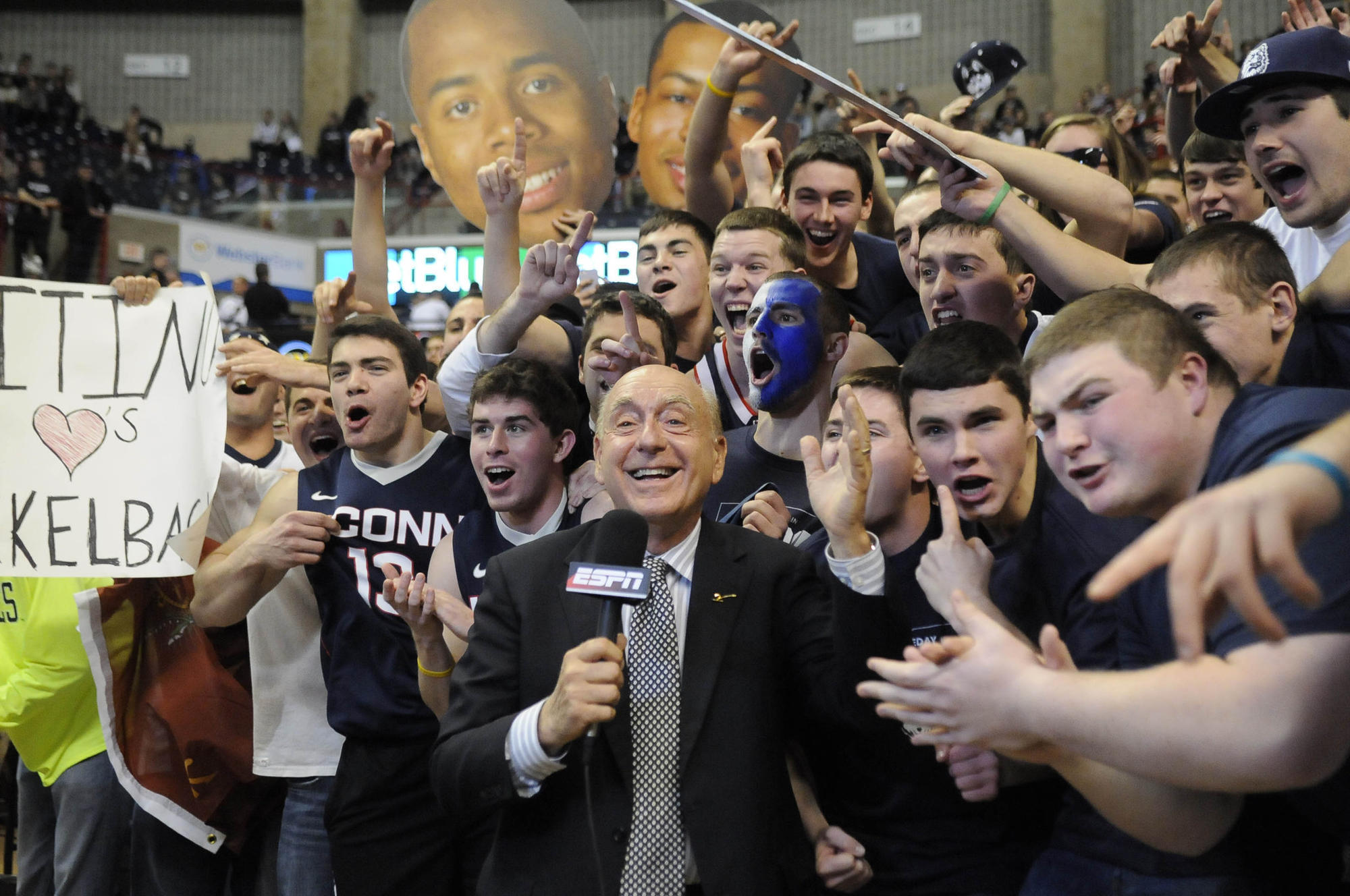Hc-sp-uconn-men-podcast-dick-vitale-1005