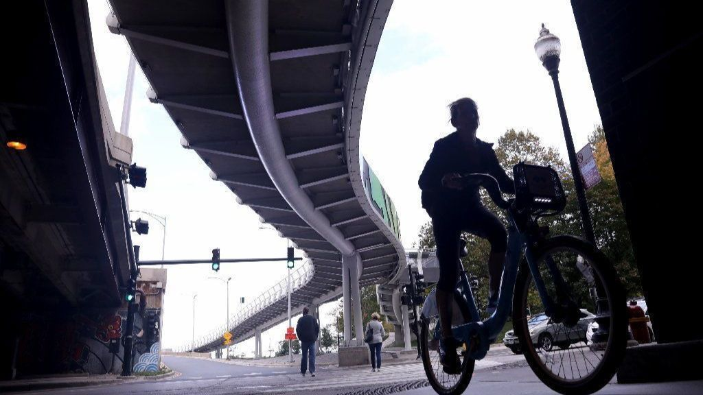 Navy Pier Flyover could be partly done by end of 2018
