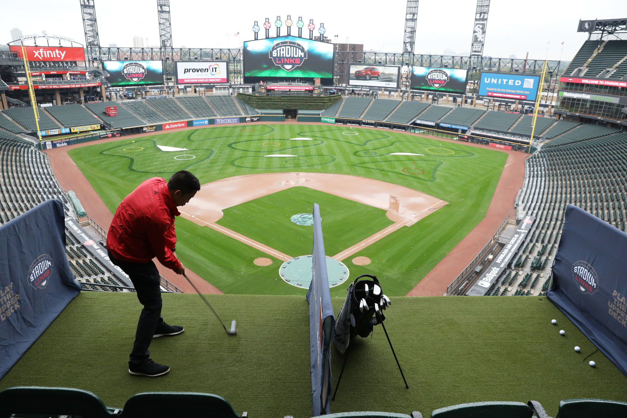 Ct-spt-golf-guaranteed-rate-field-photos-20181005
