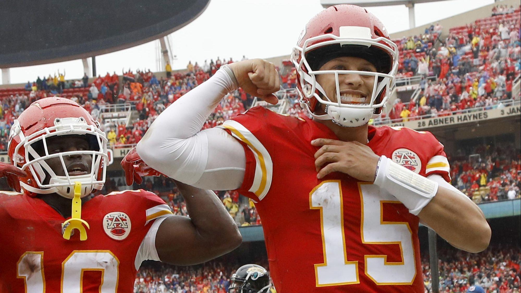 Image result for patrick mahomes vs patriots