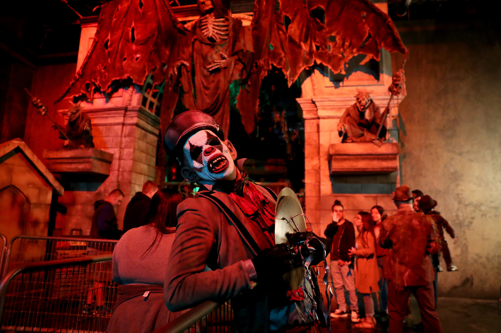 haunted houses in chicago 2018: our top 12 scares for your halloween