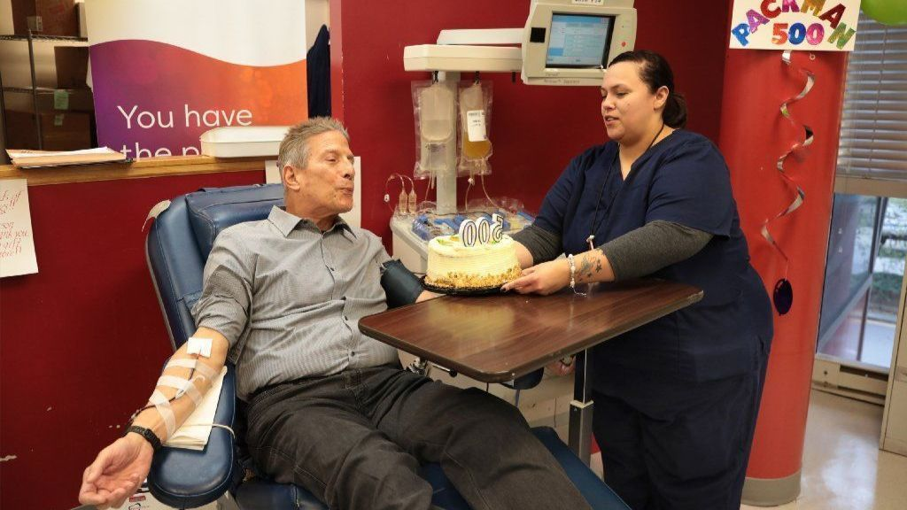 Chicago man makes 500th blood donation: 'You actually get an opportunity to save someone'