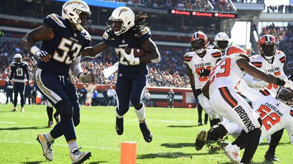 La-sp-chargers-browns-20181014