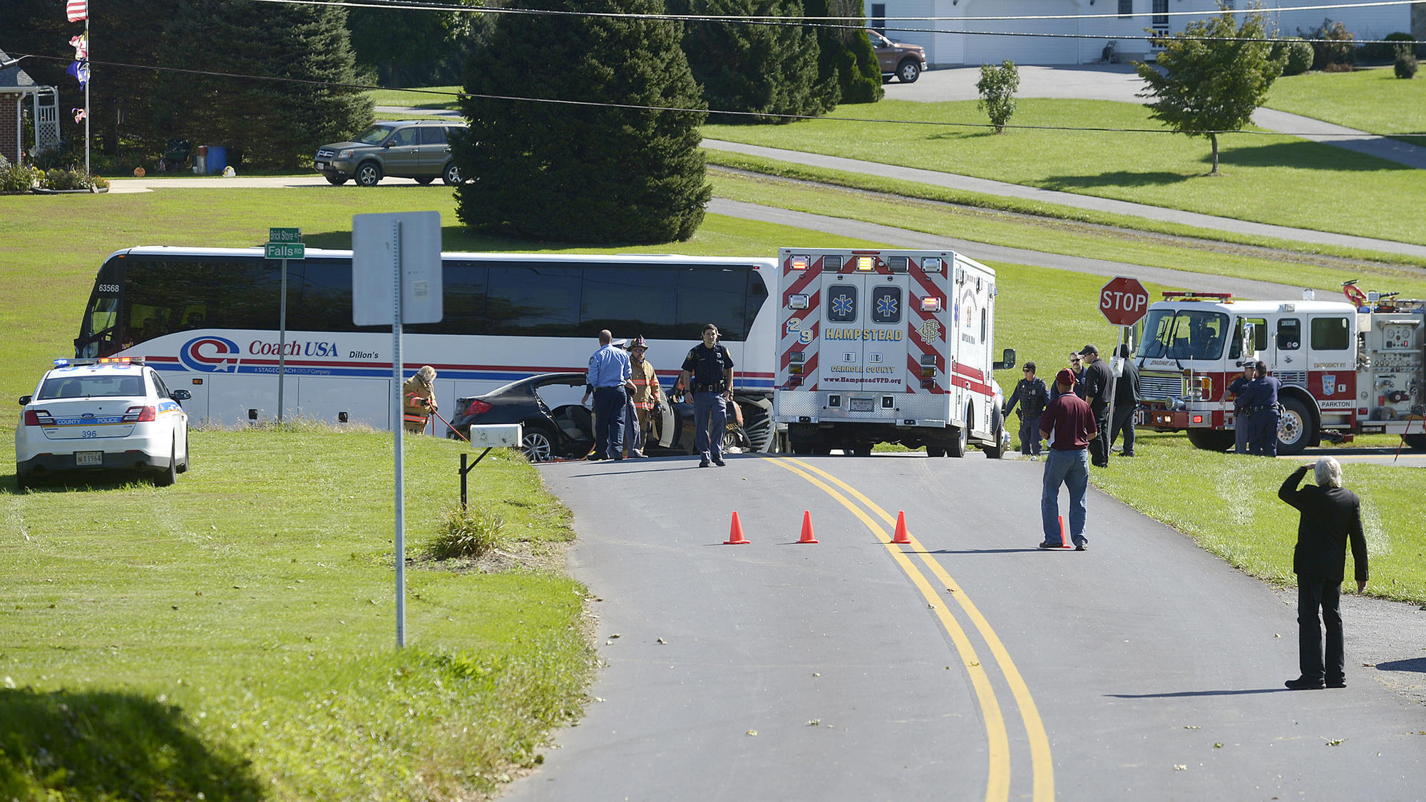 Multiple people injured in serious crash involving charter bus in Baltimore County; person trapped | Baltimore Sun