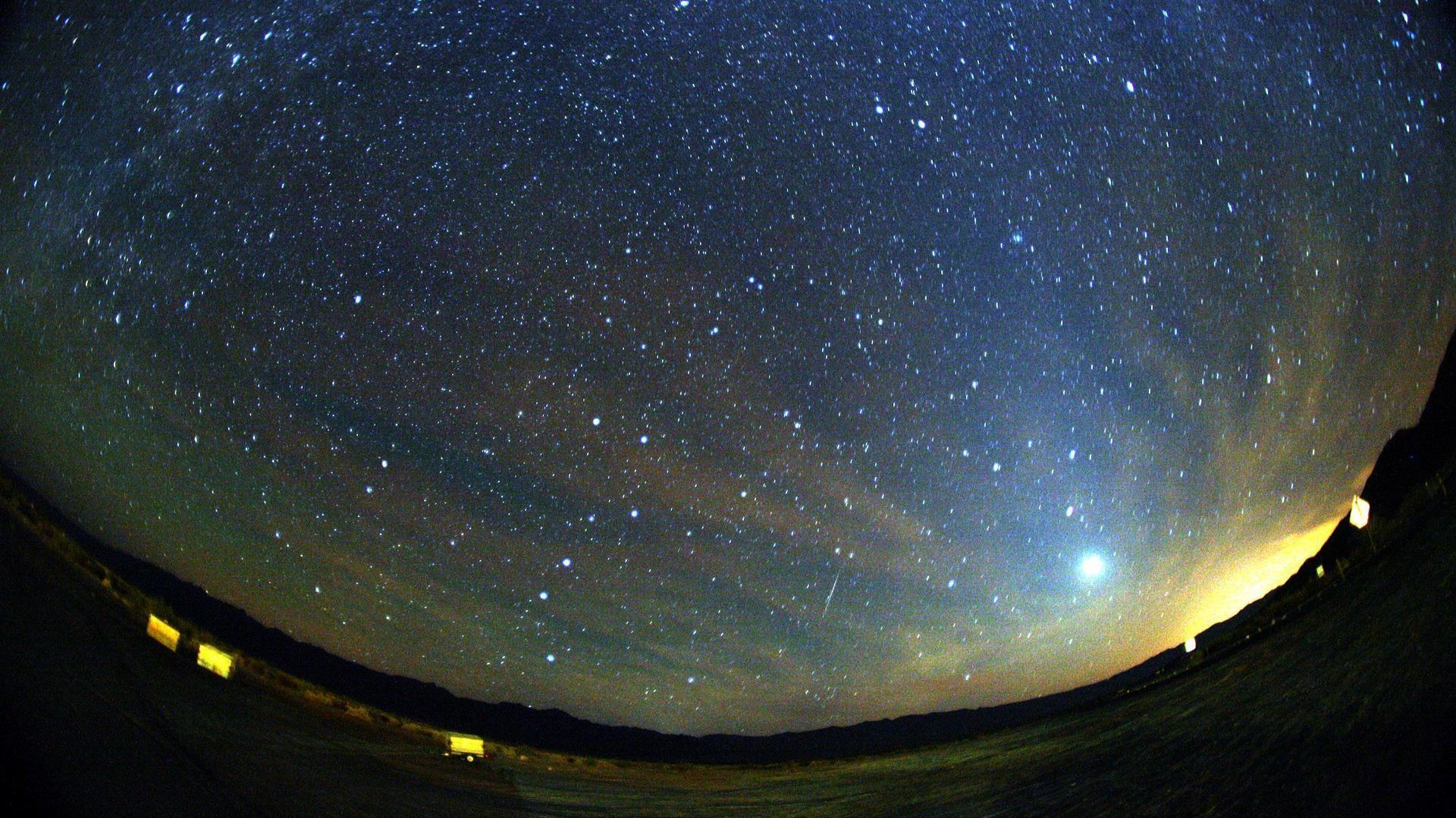 This weekend's Santa Ana winds will help you see the Orionids meteor shower