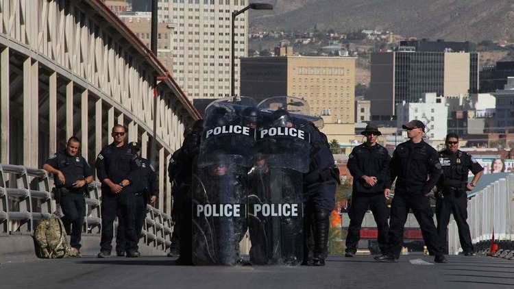 FOTOS: Estados Unidos alista sus armas en frontera EEUU-México