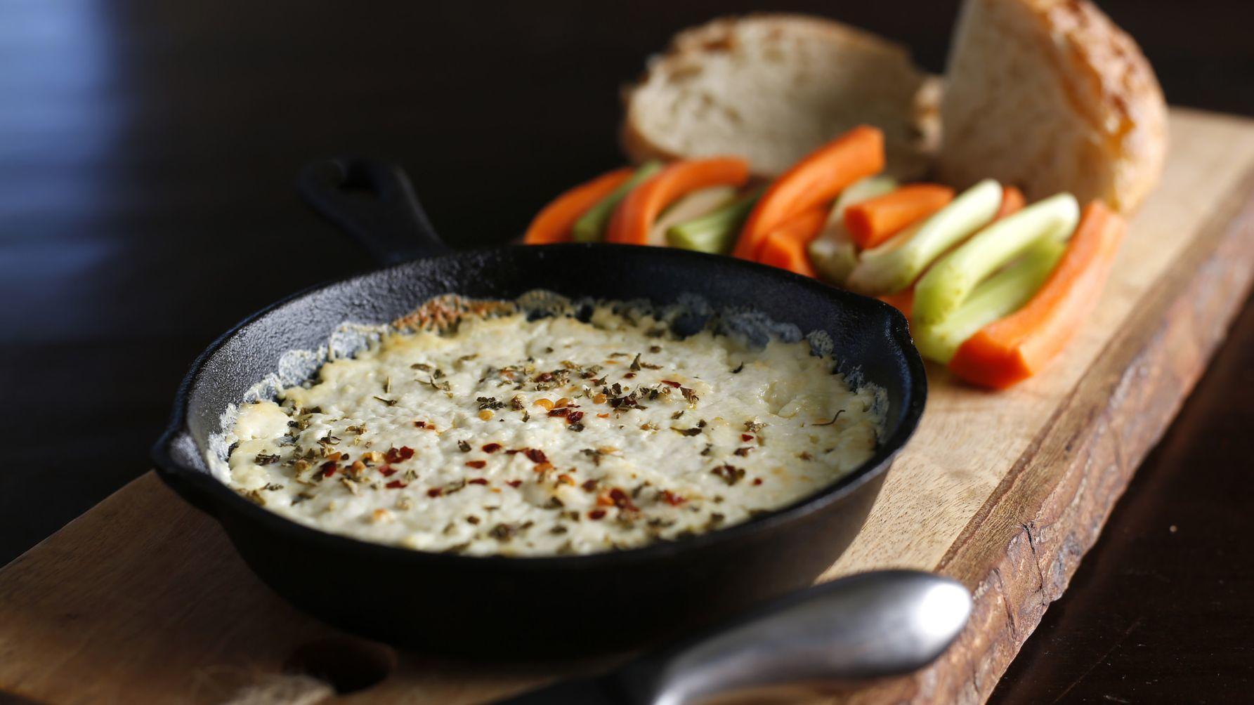 Easy homemade cheeses: ricotta and mozzarella