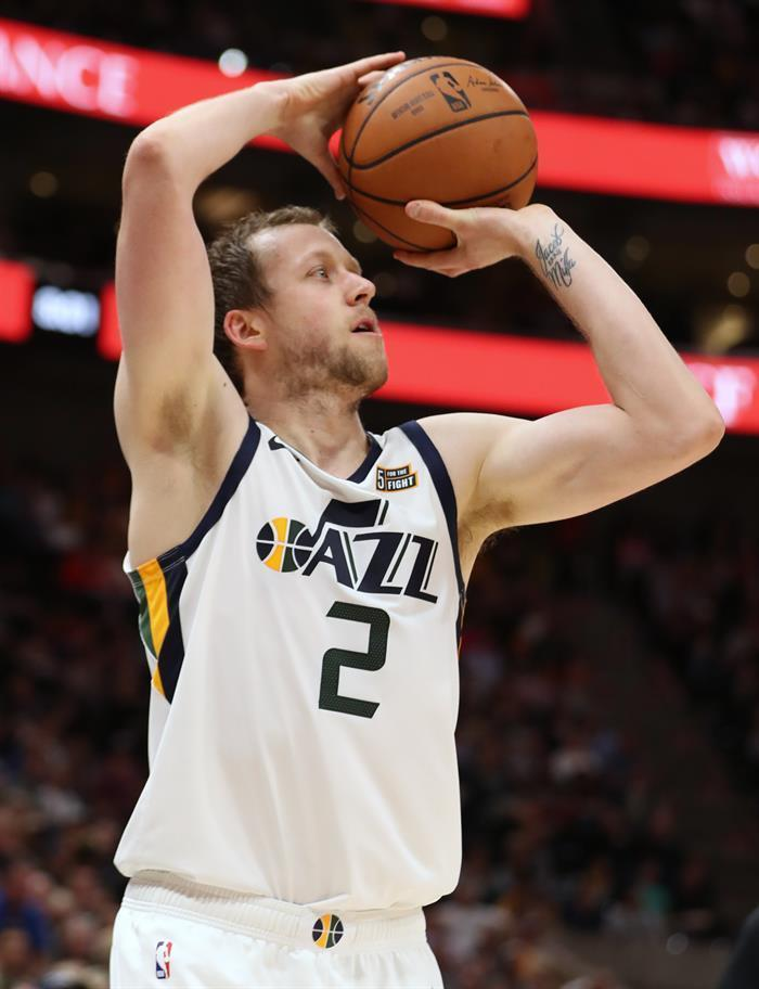 123-115. Irish is the result of the winning Jazz attack Rubio gives 17 points