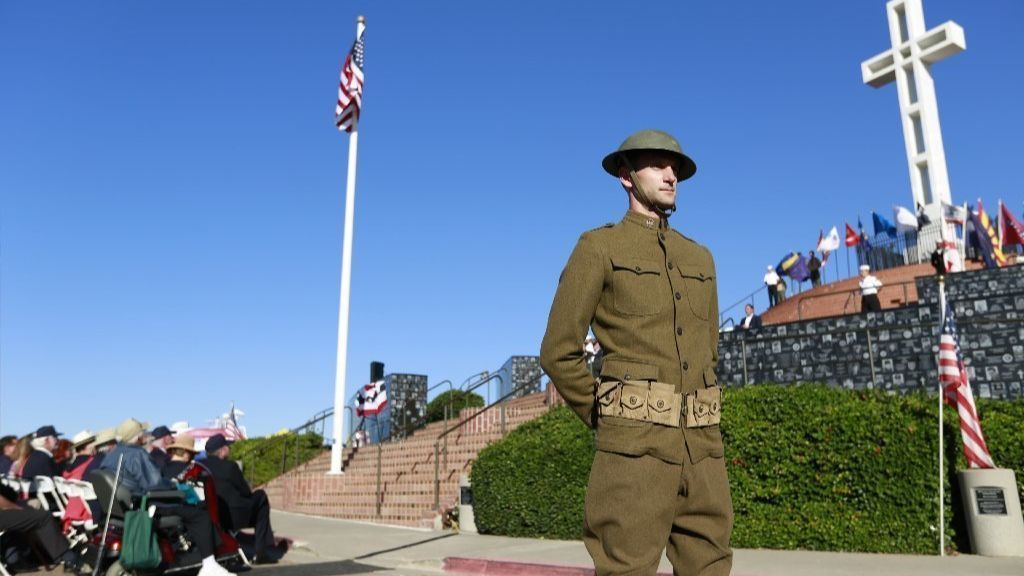 Veterans Day ceremony on Mount Soledad honors end of World War I a century ago | San Diego Union Tribune