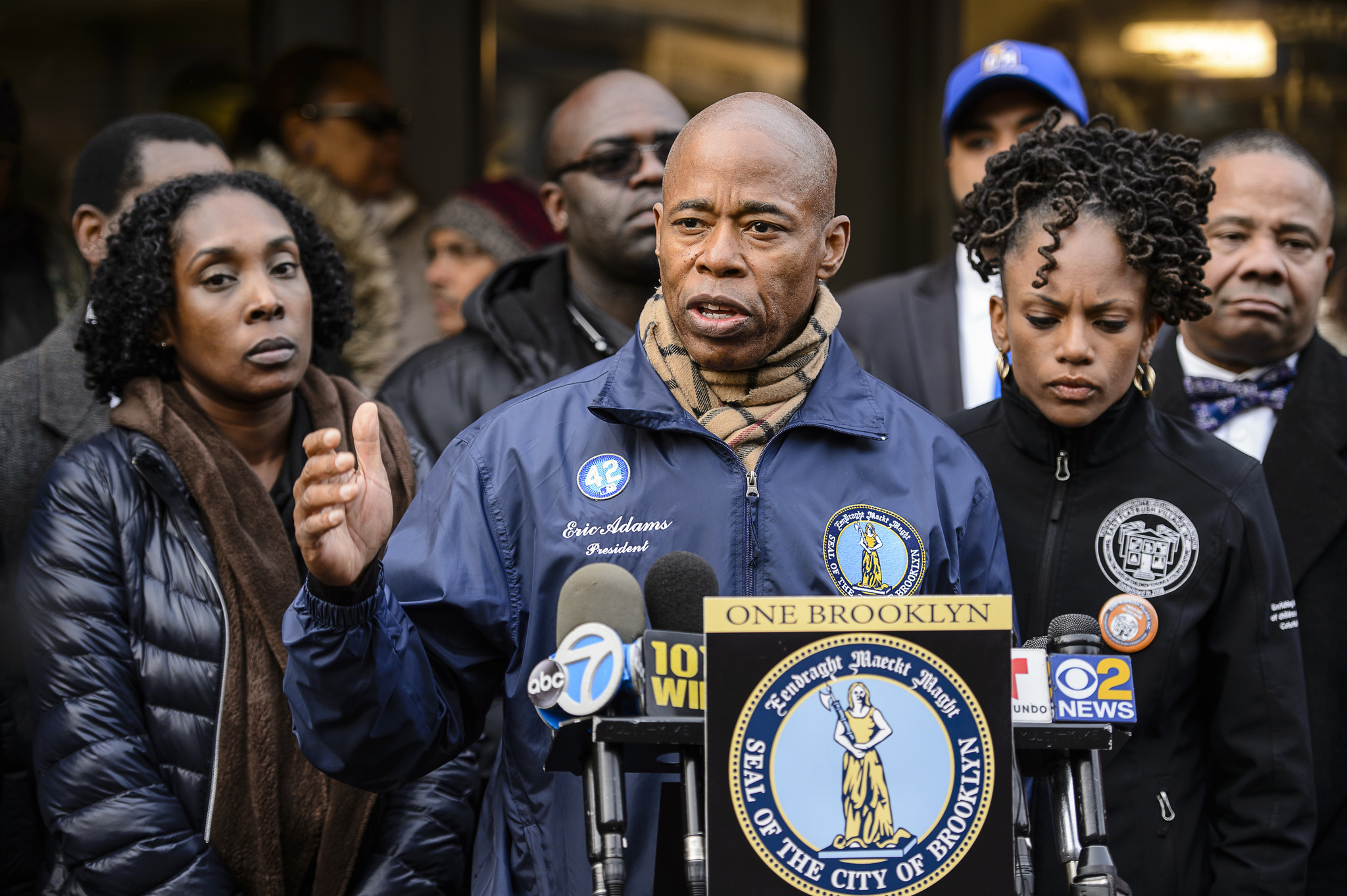 Community leaders want subway attack of Brooklyn woman investigated as hate crime | New York Daily News