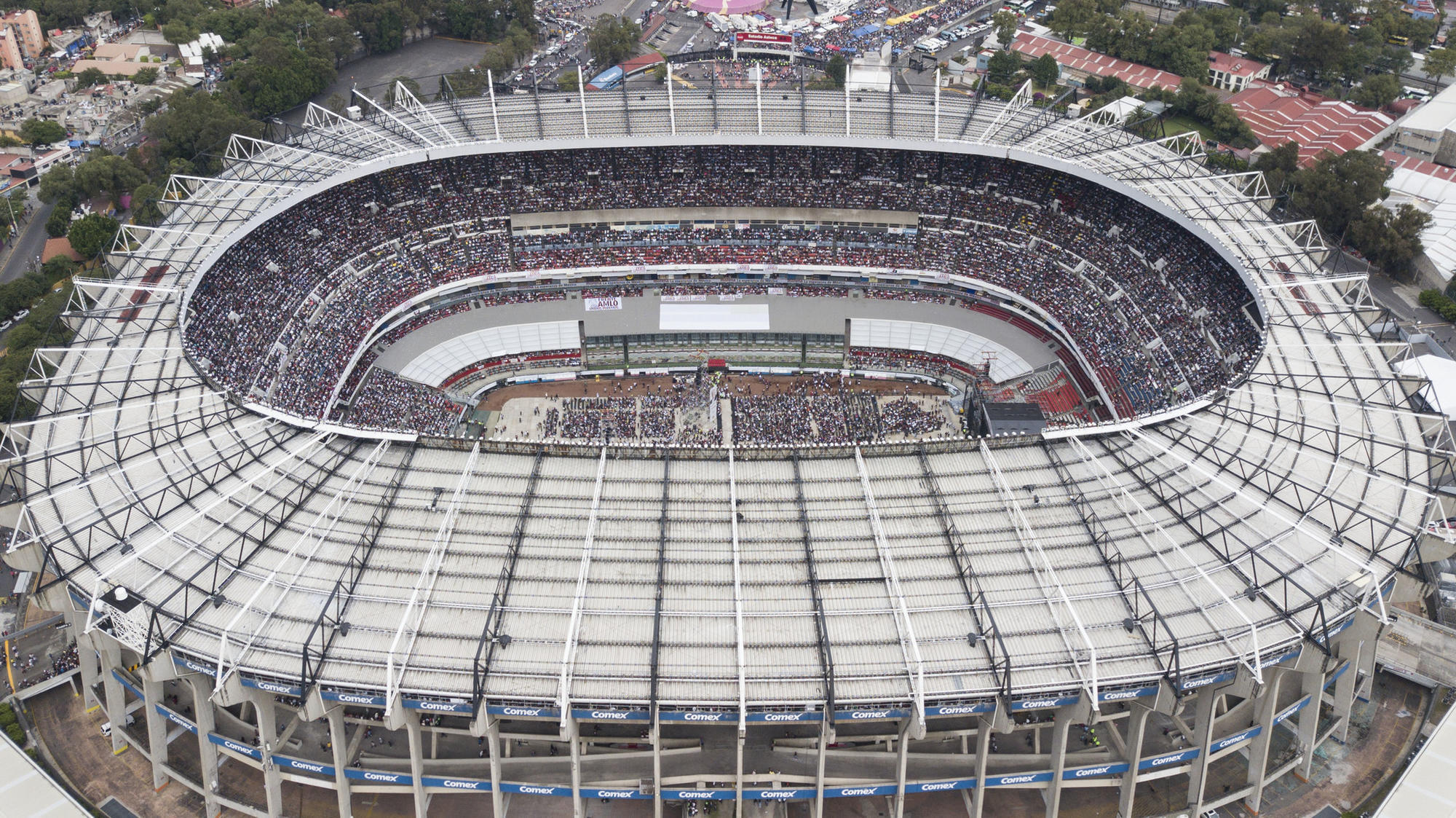 NFL could move Chiefs-Rams game from Mexico City because of poor field conditions